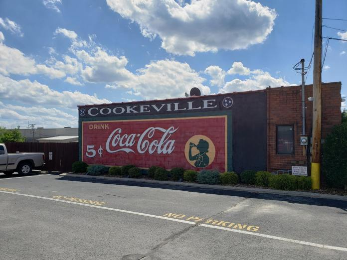Coca Cola building mural Cookeville Tennessee