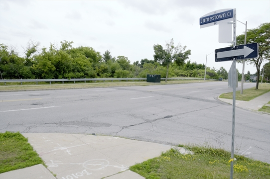 Image of Intersection of Jamestown Crescent and John Garland Boulevard