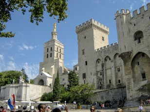 Palais des Papes - The Best of France: A Two Week Itinerary - The Trusted Traveller