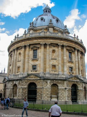 Radcliffe Camera, Oxford - See the Best of England: A Three Week Itinerary - The Trusted Traveller