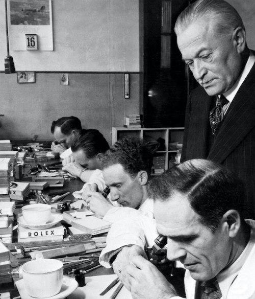 Hans Wilsdorf overseeing Rolex brand workers (courtesy rolexmagazine.com)