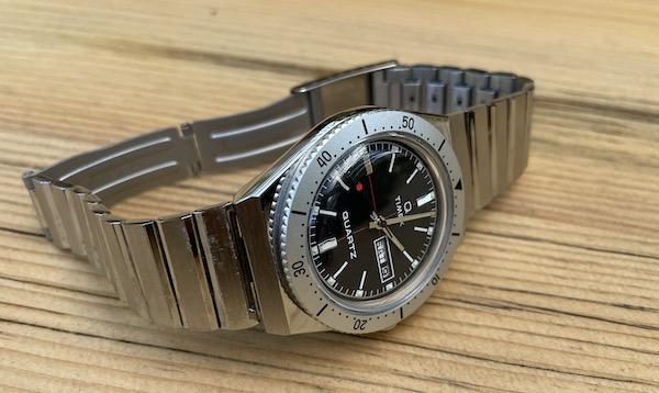 Todd Snyder X Timex Q Bracelet on side