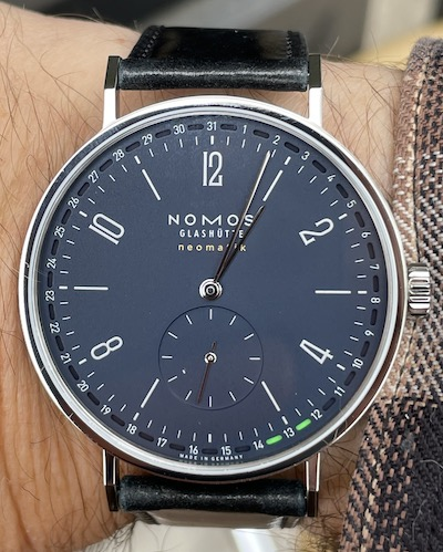 NOMOS Tangente Date 41 money shot