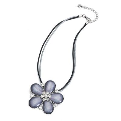 Grey flower pendant