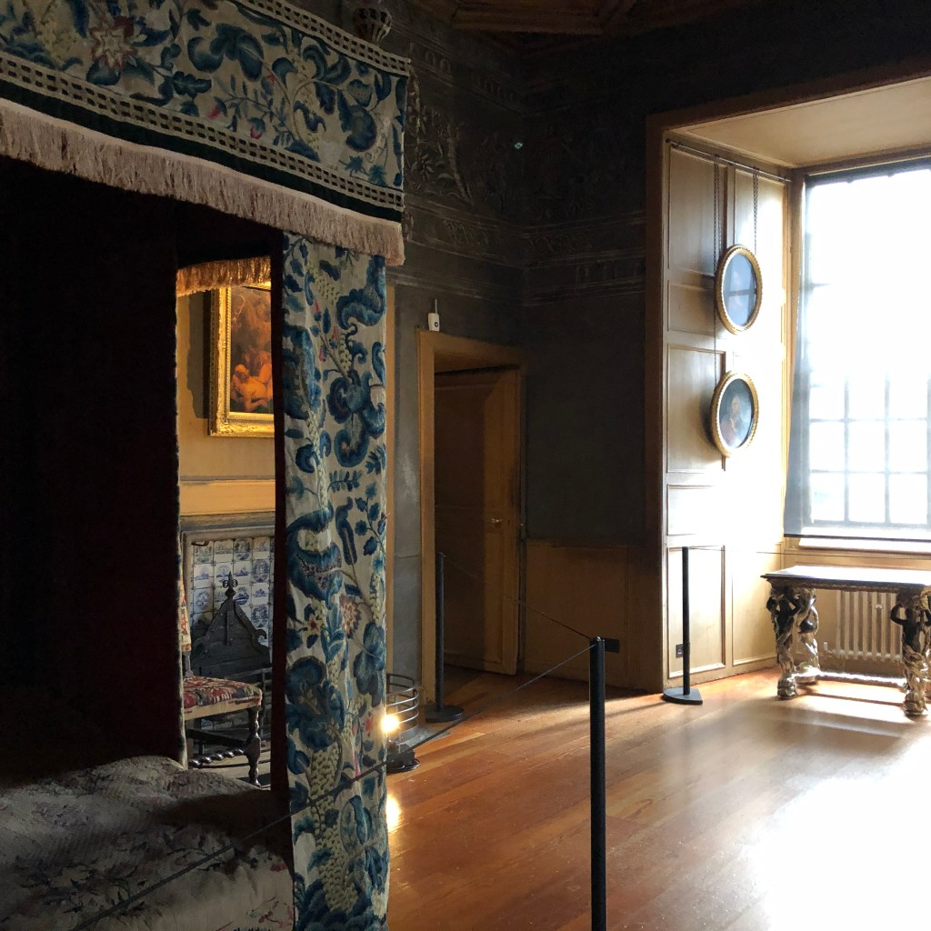 Mary Queen of Scots bedchamber at Holyroodhouse