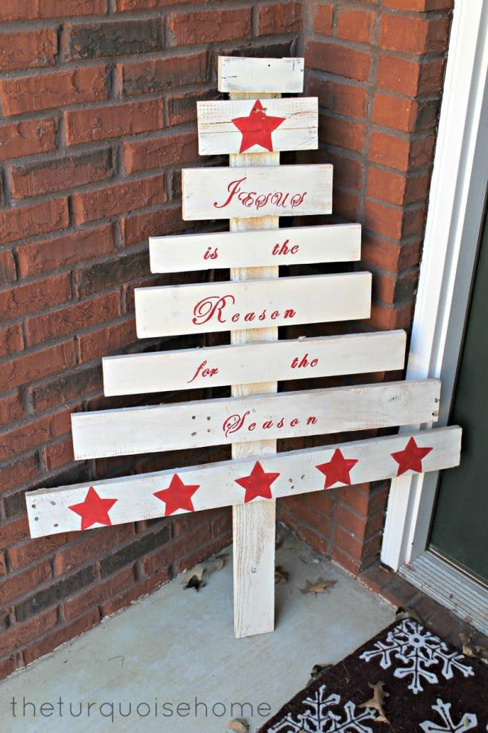DIY Pallet Christmas Tree Easy Last Minute Christmas Craft