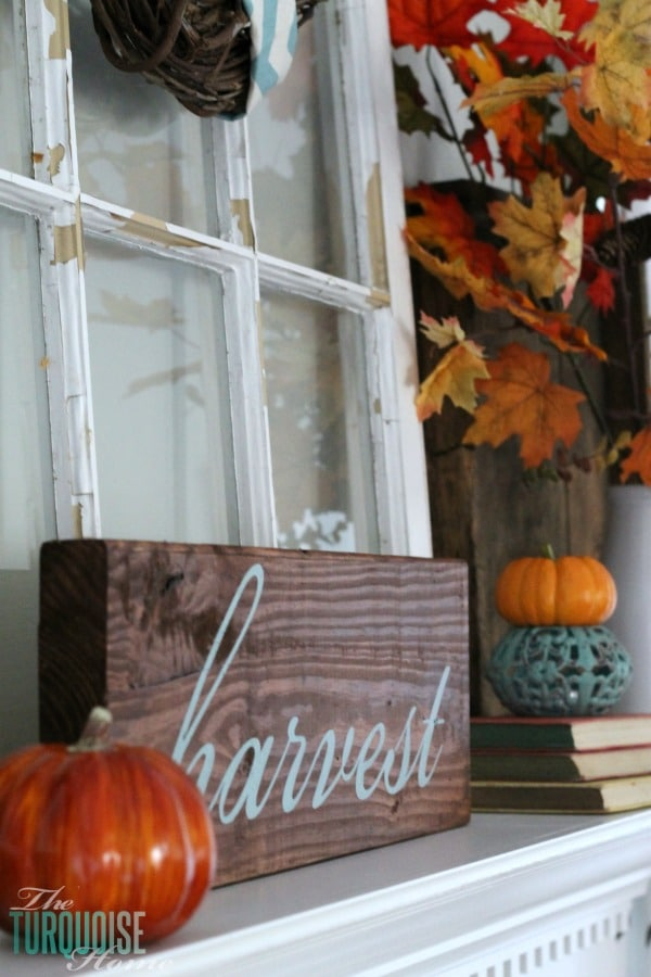 DIY Harvest Sign from The Turquoise Home [Favorite Fall Decor Projects at High-Heeled Love]