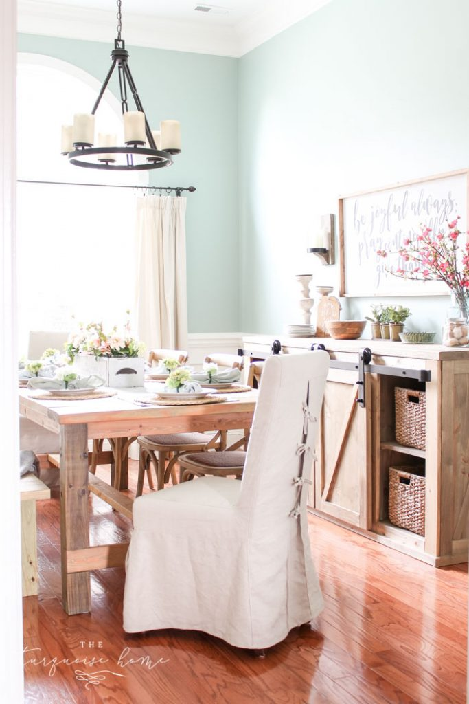 12 beautiful farmhouse chandeliers for