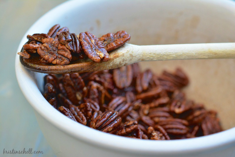 Spicy Pecans | Thanksgiving Recipes | kristinschell.com