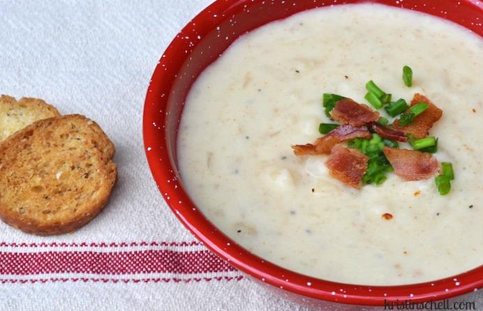 Baked Potato Slow Cooker Soup   theturquoisetable.com