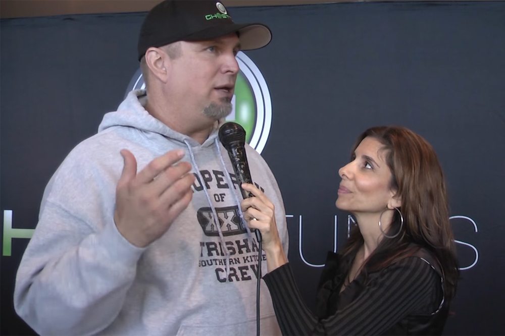 Garth Brooks-Lisa Pirro-TVolution
