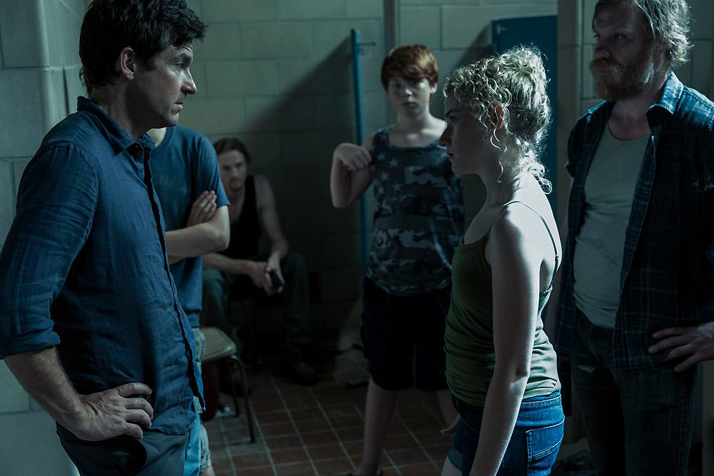 Jason Bateman-Julia Garner-Ozark-Netflix