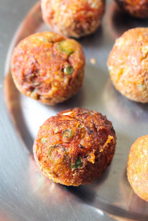 Manchurian (vegetarian meatless meatballs) deep fried
