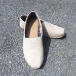 TOMS shoes stylish comfortable shoes for mums the two darlings mummy blogger ireland