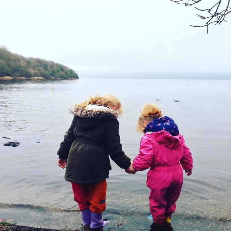 New Year, new look for my Instagram, to be honest I'm a little sick of the added step it takes to create the border for my previous pictures so out of sheer laziness I'm doing away with it! May as well let the two darlings themselves kick off the new look, often holding hands and always looking out for each other! ❤❤ . . #motherhood #babygirls #irishbloggers