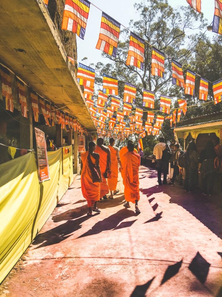 Things to do in Sri Lanka - Adam's Peak c. Sarah Gibbons
