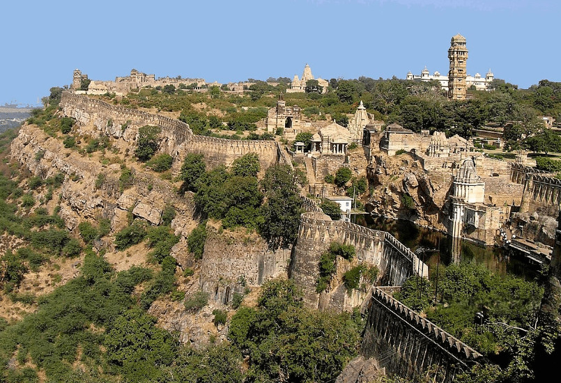 Read more about the article Chittorgarh Fort | चित्तौड़गढ़ किला