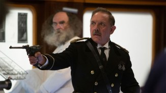 Doctor-Who-Mummy-on-the-Orient-Express-2