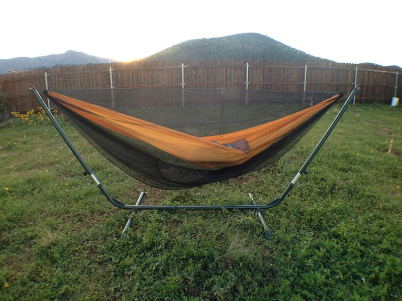 The Buginator shown with a ridge line. Note how the bug net is more taut and fits around the hammock more snugly.