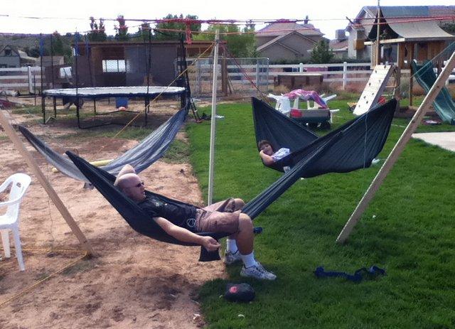 3-person-hammock-stand-2