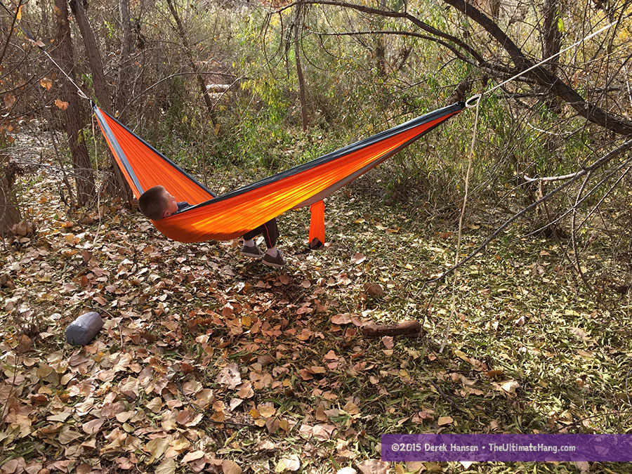 tribe provisions hammock lounging2 tribe provisions adventure hammock review   the ultimate hang  rh   theultimatehang
