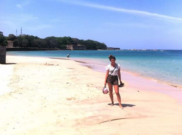 trinco_beach