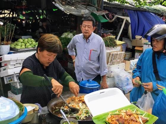 exotic food in Bangkok cover image of the pad Thai grandma