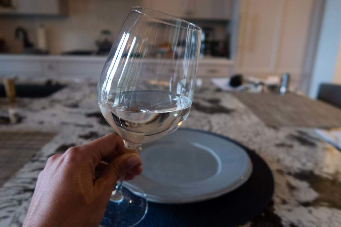 wine glass with empty plate 3 day fast
