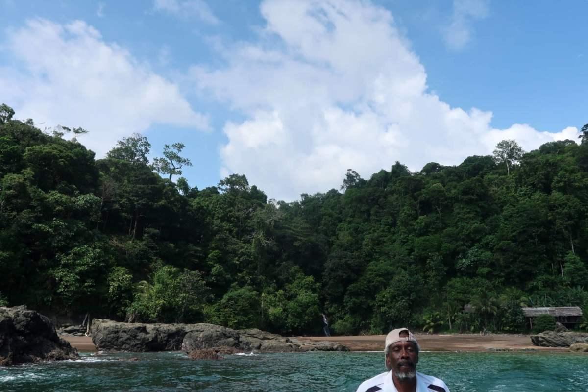 el nativo playa el tigre el valle bahia solano pacific coast of colombia