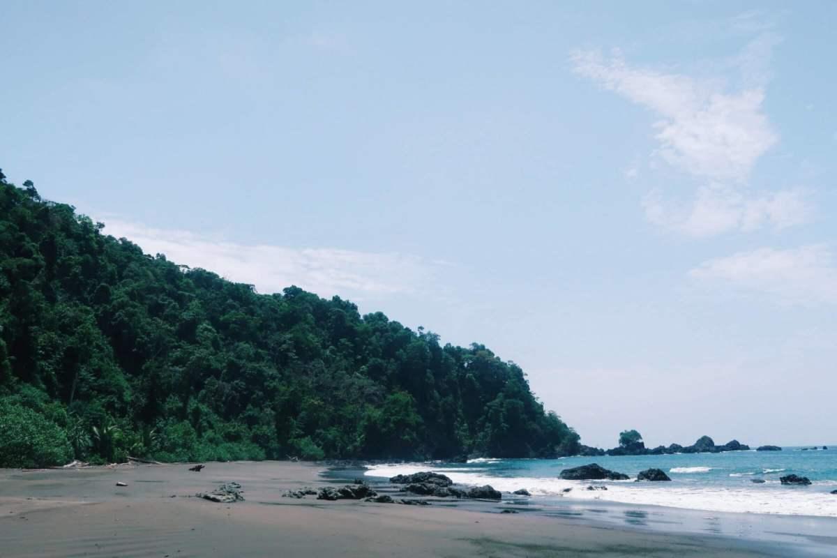 blue skies playa larga el valle bahia solano