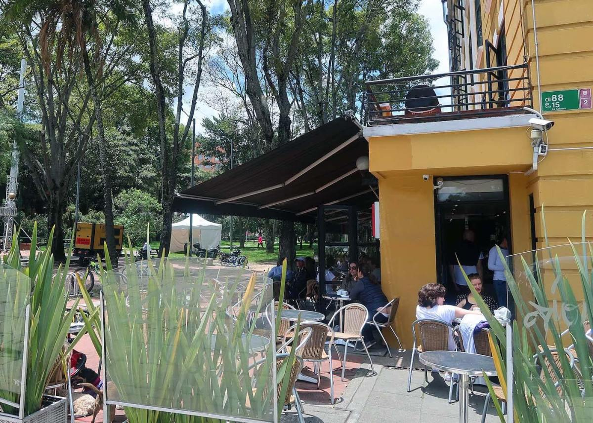 Cafe by a park in Bogota