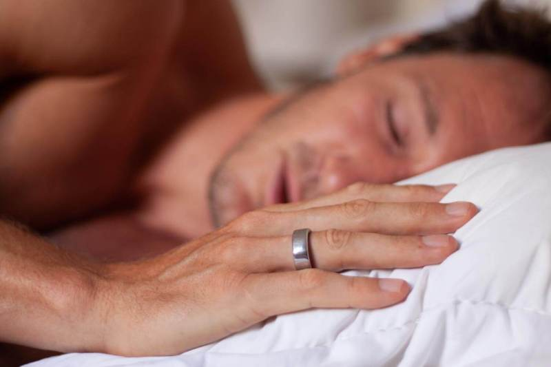 Oura ring while sleeping