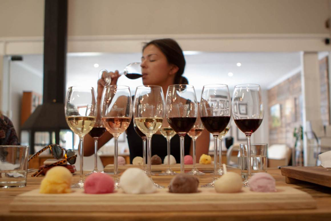 Sorbet and wine to be tasted at Koelenhof.