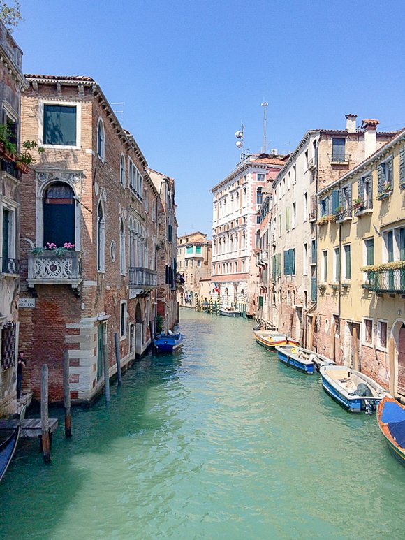 Are you looking for places to go on your birthday? Check out these wanderlust inspired Birthday vacation destinations from top travel bloggers. The Uncorked Librarian enjoyed Venice, Italy for her birthday. #birthday #Italy #Venice #traveltips #travelbloggers