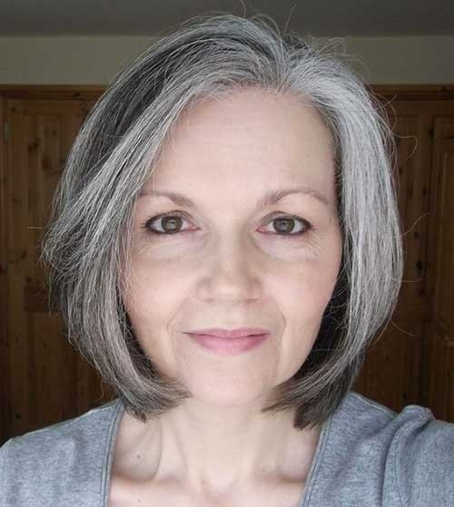2018-Short-Hair-Grey-Highlights Short Haircuts for Older Women 2018-2019