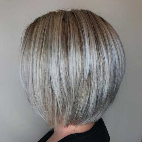 Ash-Blonde Blonde Short Hair Ideas for Ladies
