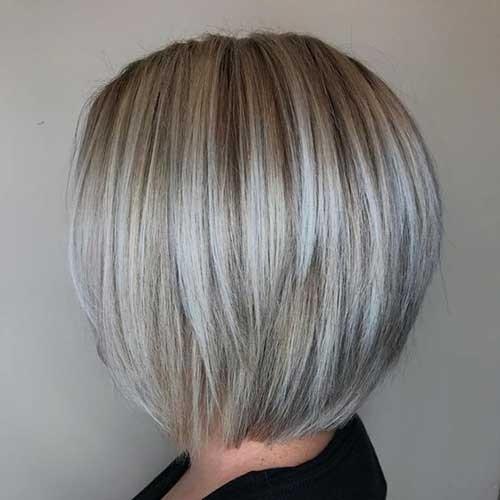 Ash-Blonde Blonde Short Hair Ideas for Ladies