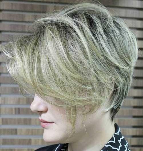 Ashy-Clonde-Short-Hair Splendid Layered Short Haircuts for Ladies