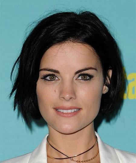 Black-Hair Haircuts for Short Straight Hair
