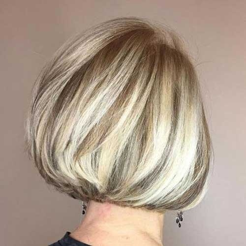 Blonde-Balayage-on-Bob Best Short Haircuts for Older Women