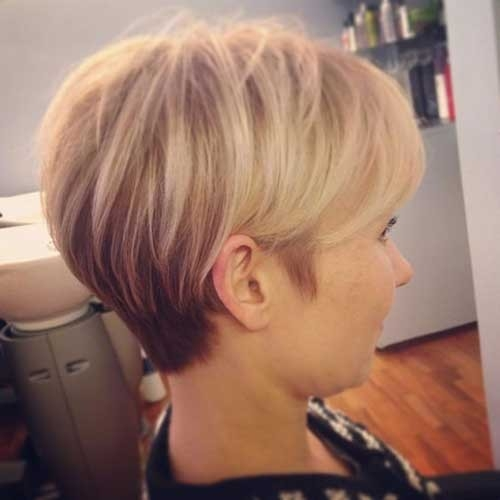 Blonde-Longer-Pixie-Cut Long Pixie Haircuts You Should See