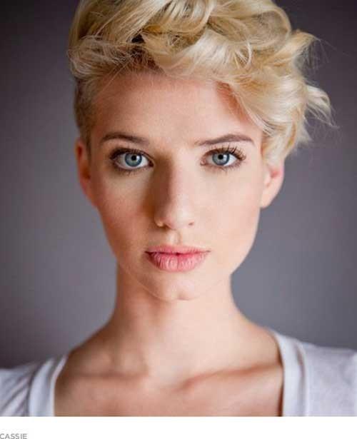 Curly-Blonde-Pixie-Cut Cute Girls Choice: Short Haircuts