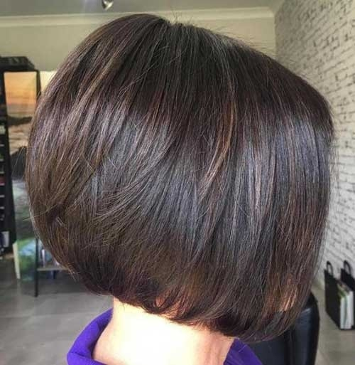 Dark-Brown-Hair Chic Short Bob Haircuts for 2018