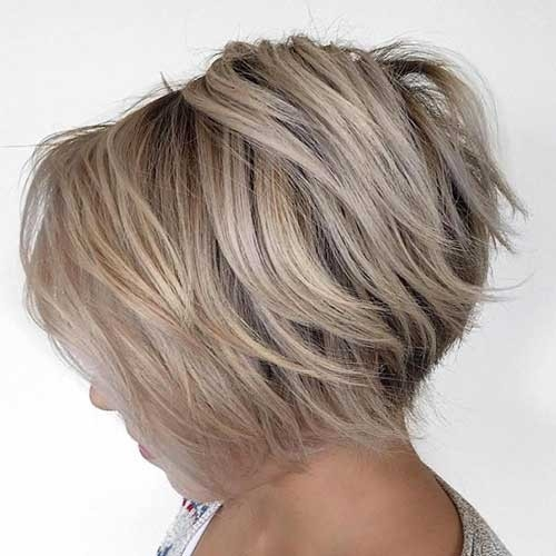 Inverted-Layered-Bob Splendid Layered Short Haircuts for Ladies