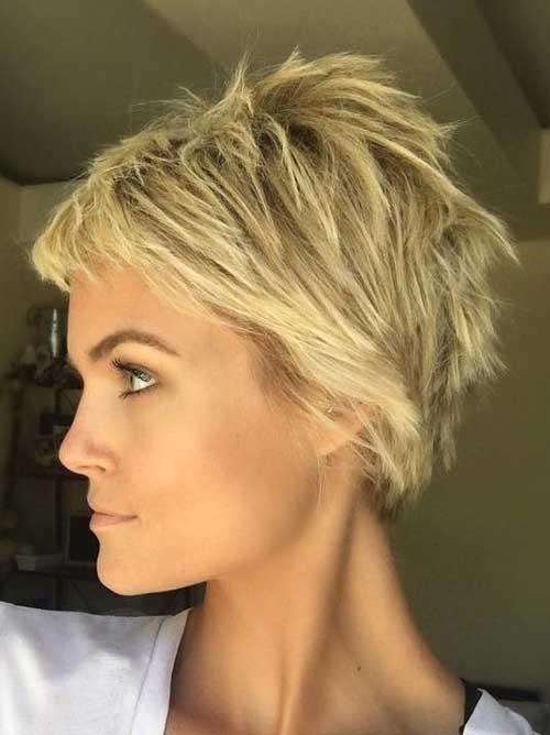 Krissa-Fowles-Short-Choppy-Hairstyle Must-See Choppy Short Haircuts 2018