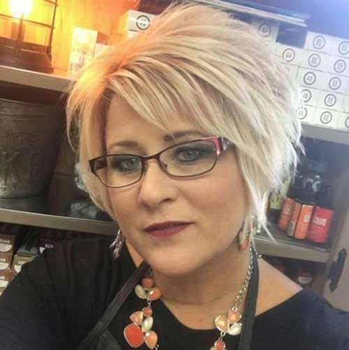 Long-Pixie-Bob-with-Bangs Short Haircuts for Older Women 2018-2019