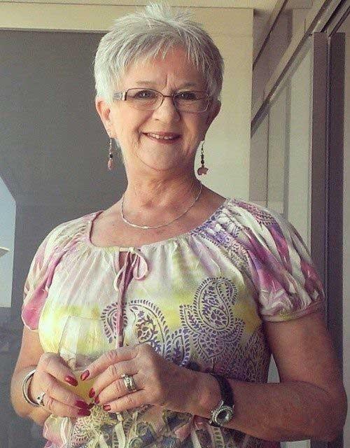Older-Woman-Short-Haircut Best Short Haircuts for Older Women