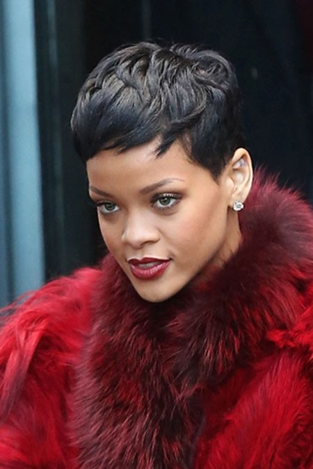 Rihanna-Pixie-Haircut Best Rihanna Short Hairstyles