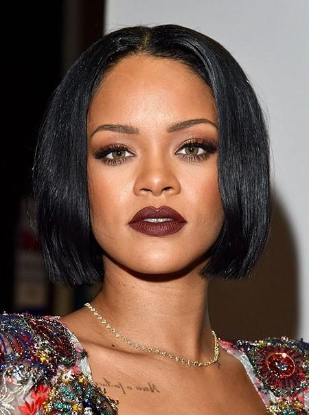 Rihanna-Short-Bob-Haircut Best Rihanna Short Hairstyles