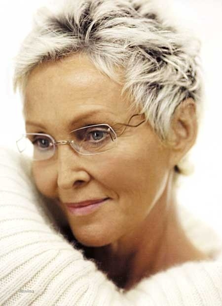 Short-and-Pixie-Haircut-for-Older-Women Best Short Haircuts for Older Women